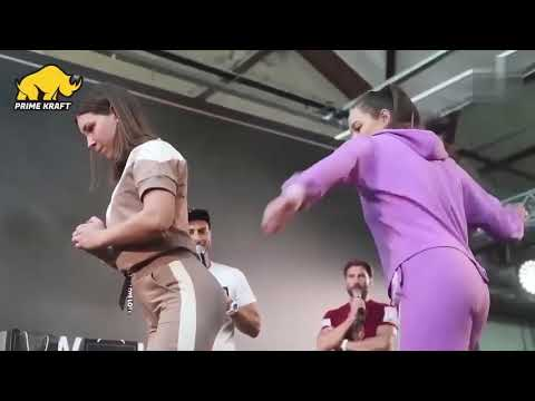 Чемпионат по шлепкам по попе среди девушек