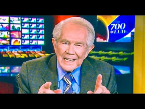 Pat Robertson: Bernie Sanders Supporters Are 'Ignorant Sheep'