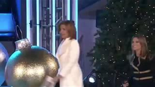 Video 2017 Christmas in Rockefeller Center Tree Lighting download MP3, 3GP, MP4, WEBM, AVI, FLV Desember 2017
