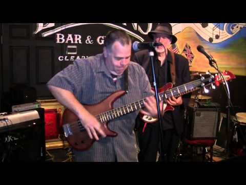 Miss You Live at London's Bar & Grill in Clearwater FL Big Foot Band