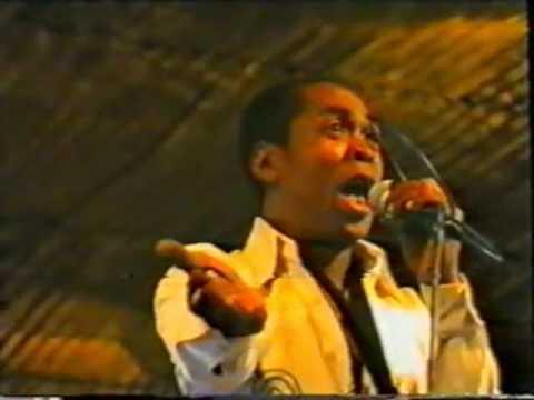 FELA ati EGYPT 80  Live @ The Afrika Shrine August 1990