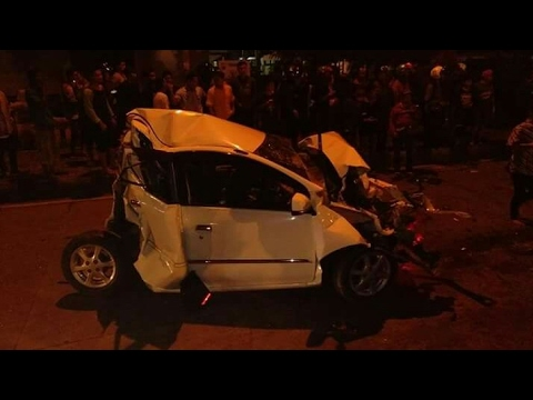 DETIK-DETIK !! Kecelakaan  Ungaran Truk rem blong 6 Mei 2017 !!