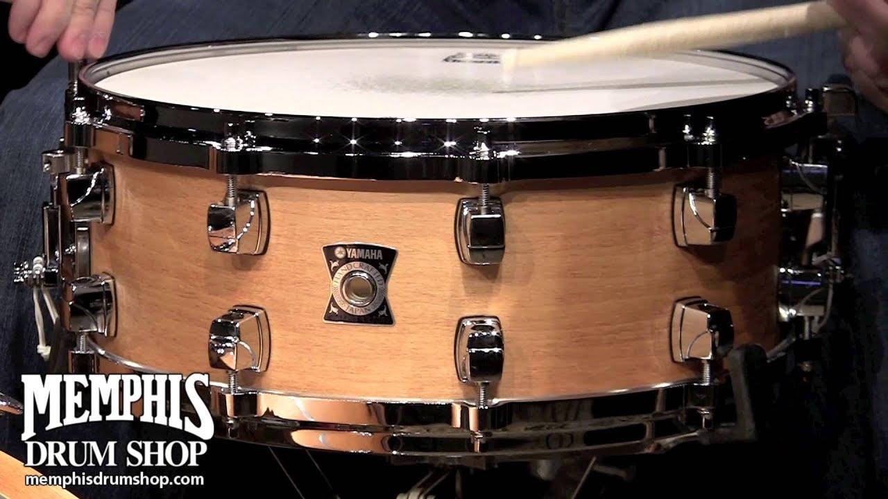 yamaha 14 x 5 5 sensitive series maple snare drum vintage natural youtube. Black Bedroom Furniture Sets. Home Design Ideas