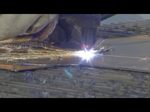 Woodworking and metalworking classes taught at The Foundry