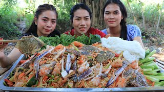 How to make papaya salad with crab and noodle recipe