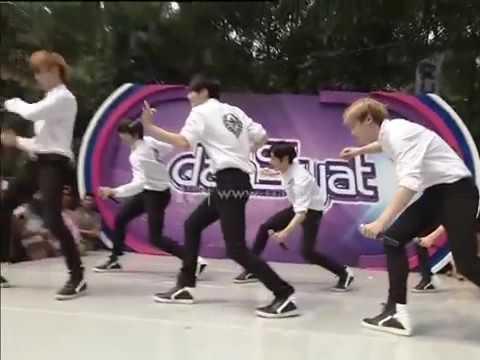 Boy Band Korea NPI Nyanyiin Lagu Janji Suci dan Sakitnya Tuh DisinidahSyat 2 Mei 2015