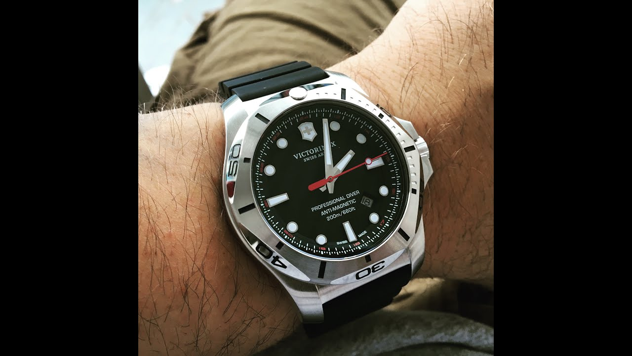 Victorinox swiss army inox diver watch overview youtube for Victorinox watches