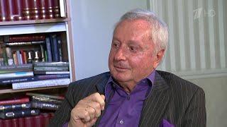 Поздравления с 80-летием принимает заслуженный журналист России Виталий Игнатенко.
