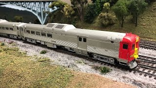 Rapido Trains HO Scale Santa Fe RDC Set