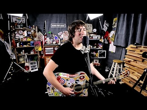 Plain White T's - 'Hey There Delilah' ::: Second Story Garage