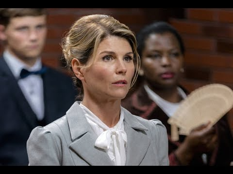 "Lori Loughlin Is Reportedly "" scared and upset."" thumbnail"