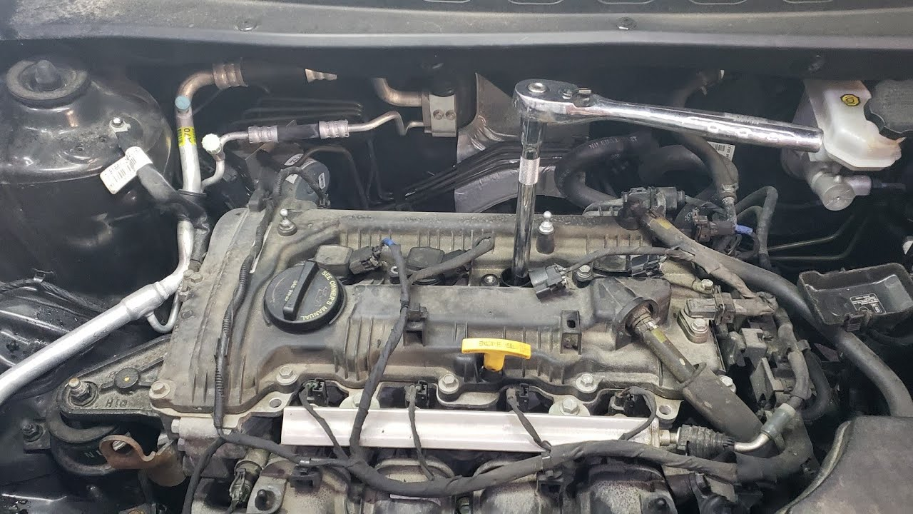 How To Replace The Spark Plugs On A 2013 Kia Soul 1 6l Youtube