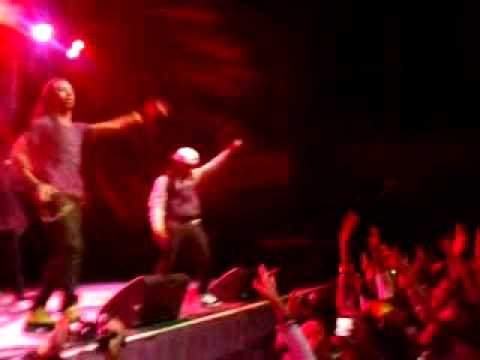 "Jacquees & Issa performing ""I told her"" & ""Unbreakable"