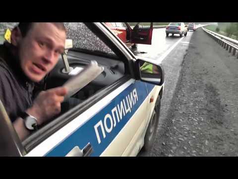Неадекватный водитель БМВ пытался скрыться от ИДПС Сургута