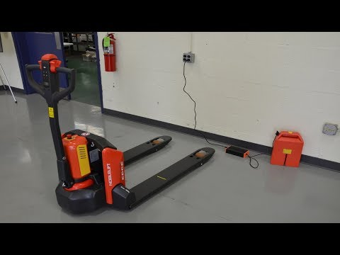 """cherry's-industrial-introduces-the-pte33n-electric-pallet-truck-(""""edge"""")"""