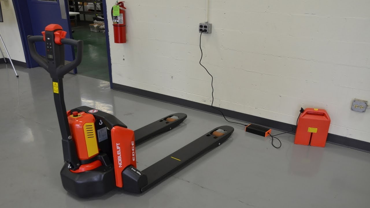 Cherry's Industrial Introduces the PTE33N Electric Pallet Truck (