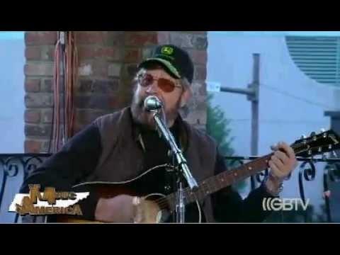 Glenn Beck - Hank Williams Jr Performs