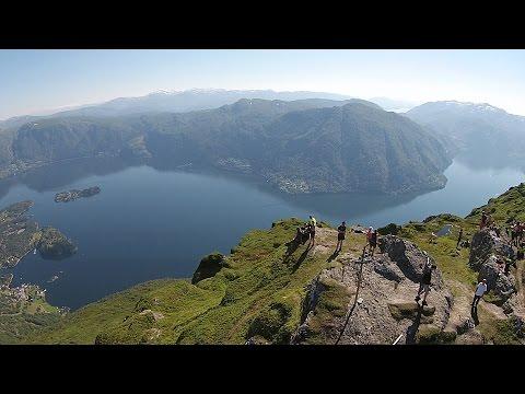 Osterøy - Bruviknipa - fantastisk fjordutsikt - dronefilm