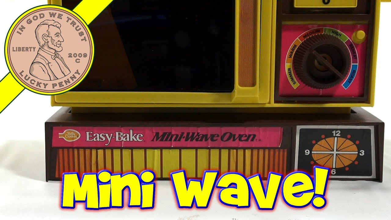 1978 Betty Crocker Easy Bake Mini Wave Oven, Kenner Toys - Brownies & Sugar Buttons! - YouTube