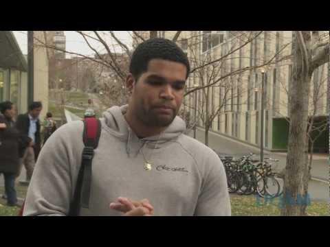 UQAM.tv   Témoignage d'un étudiant originaire de la Martinique