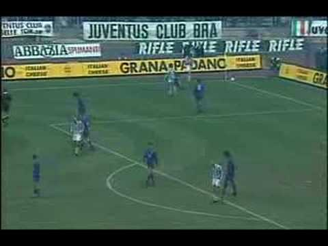 Today is Alessandro del Piero's 45th birthday! Almost 25 years ago he scored this incredible last minute winner against Fiorentina.
