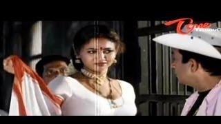 Repeat youtube video Raksha Hot Cleavage Show To Brahmanandam