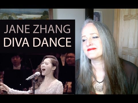Free Download Voice Teacher Reaction To Jane Zhang - Diva Dance Live From The 5th Element -  官方版 - 張靚穎演繹第五元素神曲 Mp3 dan Mp4