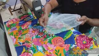 Tapete floral para cama com flores de chita