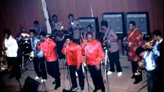 Tangawusi Papa Noel Franco le T.P. O.K. Jazz 1983 Bruxelles.mp3