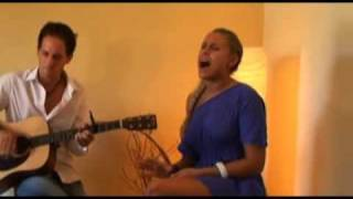 "Linda Teodosiu sings David Guetta ""When Love Takes Over"""