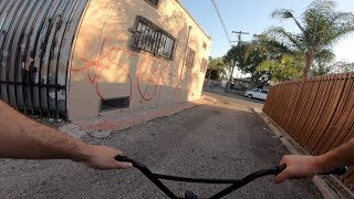 RIDING BMX IN LA COMPTON GANG ZONES 17 (CRIPS & BLOODS)