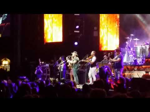 "Zac Brown Band with Caroline Jones ""Day That I Die"" (8/27/17) St. Louis, MO 10 of 18"