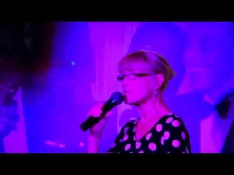 Karaoke in Arfurs Bar Magaluf Majorca