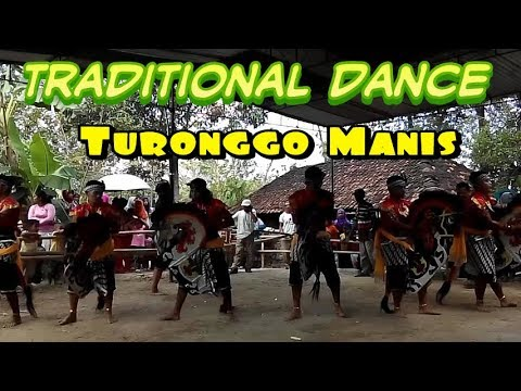 traditional dance-jathilan turonggo manis(male)