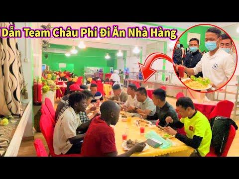 Nguyễn Tiến || Dẫn Toàn Bộ Team Châu Phi Đi Ăn Thử Nhà Hàng Ăn Cơm Tiền Tính Theo Cân