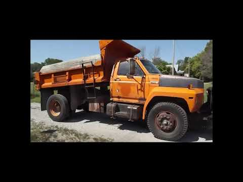 1983 Ford F700 dump truck for sale at auction | bidding closes September 13, 2018