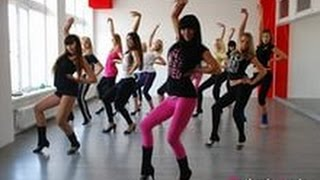 Как танцевать клубные танцы