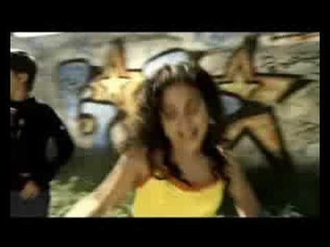 3+2 - El rama lama(ding dong) videoclip
