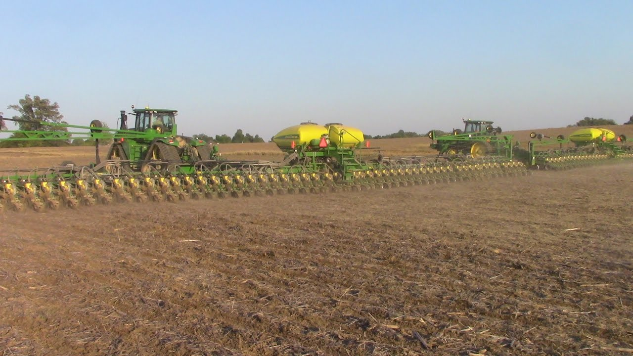 90 Rows Of Corn Planted In One Pass Youtube