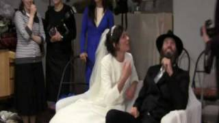 Orthodox Jewish Wedding Guests Entertain Newlyweds At Chabad Of Malibu 2 2