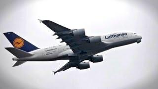 Największy, pasażerski samolot świata na Okęciu
