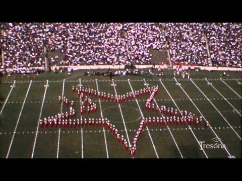 1957 Halftime Show (E) Featuring a Salute to the Holidays