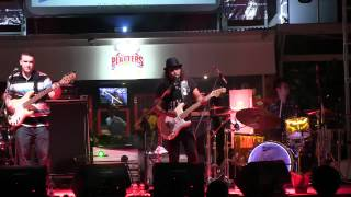 "Gugun Blues Shelter - Give Your Love ~ Basa-Basi @ D""Fest of Kemang [HD]"