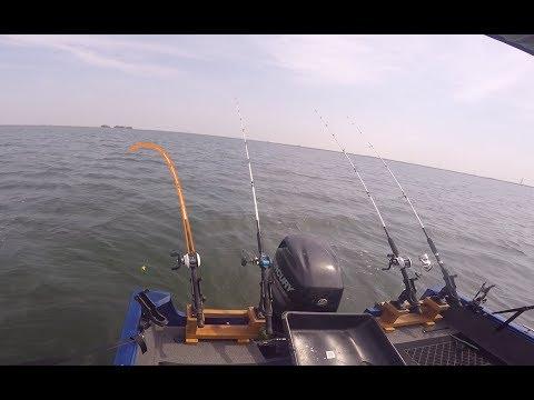 Fishing La Salle Cooling Lake Illinois For Blue Catfish - Aug 26 2018