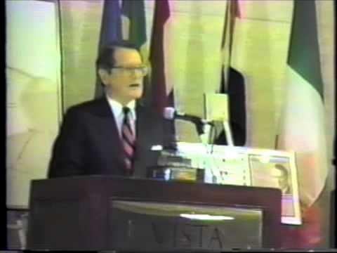 1987: Elliott Richardson