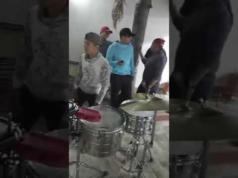 El Muchacho Alegre - Banda El Rinconcito