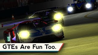 iRacing : GTEs Are Fun Too. [VR] (Ford GT @ Sebring Night)