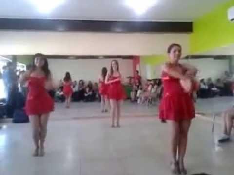 Latin Dance ¿Qué le pasa a Lupita?