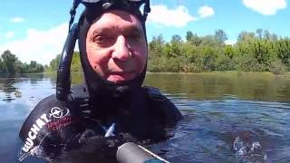 Подводная охота  Первый выход МУТНЯК на реке  Снов  04 06 2016г(Первый выход. Но, после дождей уровень воды поднялся до состояния ....разливного. При этом и до того жёлтая..., 2016-06-06T12:16:32.000Z)