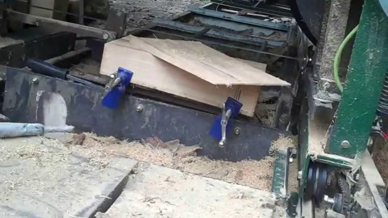 Saw Mill Auto >> DIY bandsaw mill shingle jig   Doovi